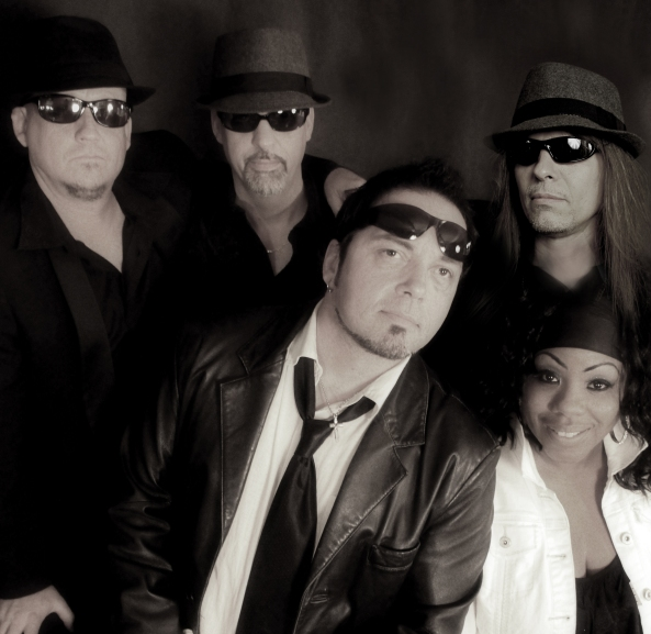 Midnite Blues Band featuring Jeff Swan