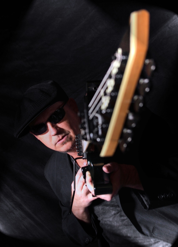 Jeff Swan with the Midnite Blues Band